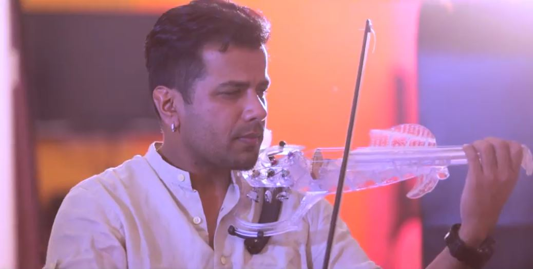 Vennilave   Chandaare   Violin Cover by Balabhaskar